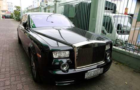 Rolls-Royce Phantom Rồng của bầu Thụy