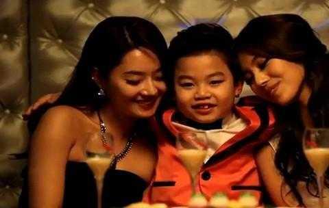 Những hình ảnh lớn trước tuổi của tiểu Psy trong MV mới bị chỉ trích gay gắt.