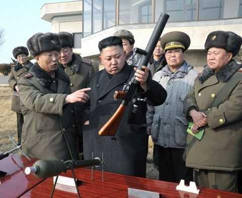 Chủ tịch Kim Jong-un thị sát tiền tuyến