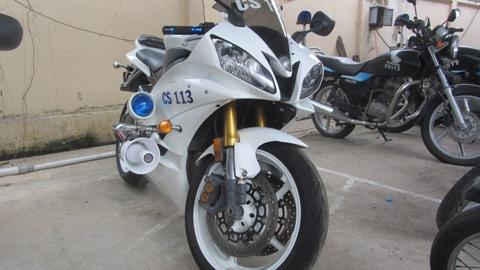 Cận cảnh chiếc mô tô khủng nhất của 113 Đồng Nai, Honda CBR 1000 (Ảnh: N.D)