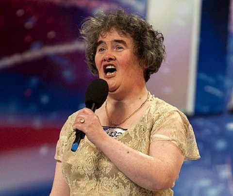 Susan Boyle gây nên cơn sốt ngay từ vòng đầu tiên trong cuộc thi tìm kiếm tài năng Anh năm 2009.