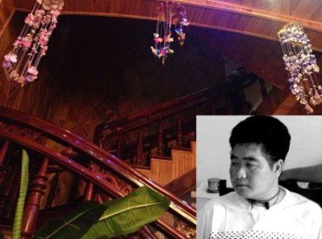 Căn nhà được ốp bằng những loại gỗ đắt tiền (ảnh lớn) và Tráng A Tàng.