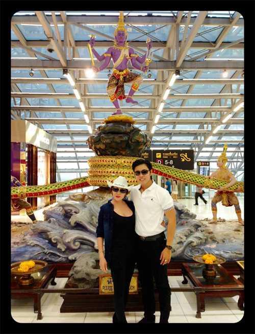Vũ Hoàng Việt còn được ví như một Ngọc Trinh phiên bản nam khi Yvonne Thúy Hoàng hỗ trợ cho anh có một tương lai tốt hơn và cho anh có cơ hội giúp đỡ ba mẹ mình.