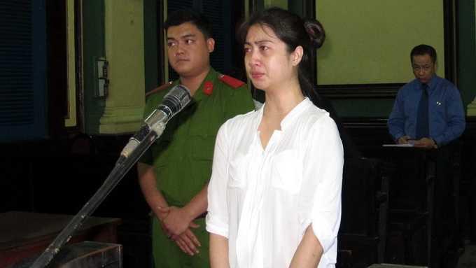 Chaimongkol Suracha khi nghe tuyên án