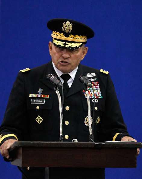 Chỉ huy quân đội Mỹ tại Hàn Quốc James Thurman