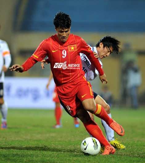 Mạc Hồng Quân chính thức ra nhập V-League (Ảnh: Quang Minh)