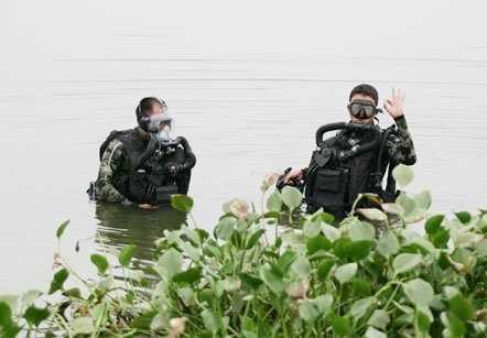 Đặc công thủy Việt Nam ngày càng được trang bị hiện đại