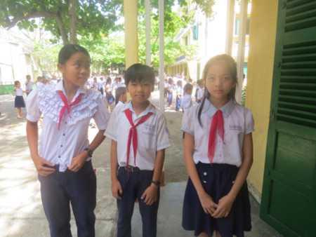 3 học sinh lớp lớp 5A1 phải nhập viện sau khi uống thuốc tẩy giun ngày 9/5.