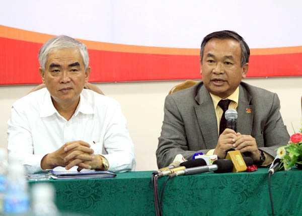 Ông Lê Hùng Dũng và ông Phạm Văn Tuấn- hai ứng cử viên nặng kí cho ghế chủ tịch VFF