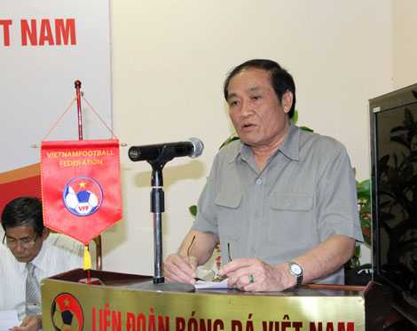 Chủ tịch Nguyễn Trọng Hỷ tập trung hoàn thành công tác chuẩn bị cho Đại hội 7