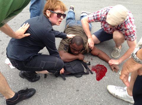 Một nạn nhân bị thương trong vụ xả súng
