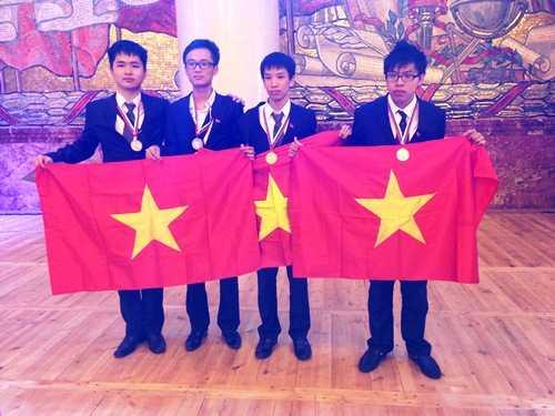 4 học sinh Việt Nam tham dự Olympic Hóa học 2013