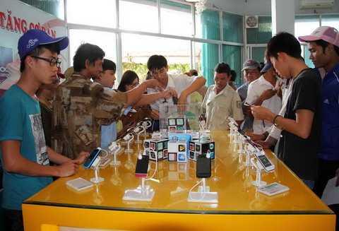 Viettel cho rằng doanh nghiệp di động Việt quá thiệt thòi nếu so sánh với doanh nghiệp nước ngoài tại Việt Nam