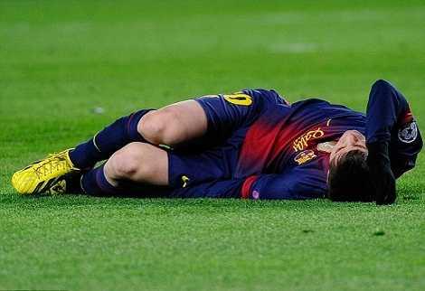 Pep ra đi, Messi lập tức chấn thương liên miên