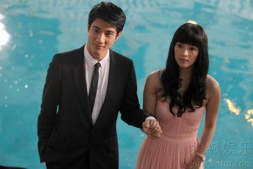 Vương Lực Hoành hiện đang đảm nhiệm vai nam chính trong bộ phim My lucky star cùng với kiều nữ Hoa ngữ Chương Tử Di.