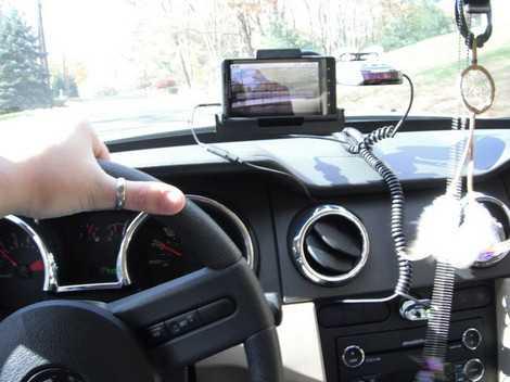Camera được lắp đặt trên ô tô