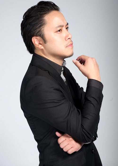 Đạo diễn Victor Vũ lấy lý do bận nên đã không tham dự lễ trao giải Cánh diều 2012 tối qua.