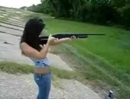 Một lí do mà phụ nữ không nên dùng súng hoa cải. >> Xem Clip