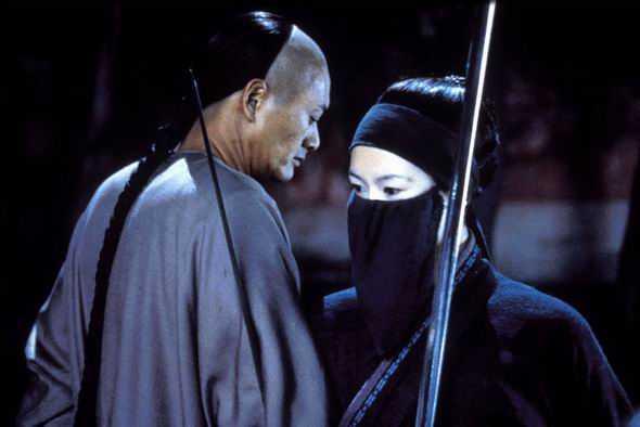 Ngọa hổ tàng long đoạt 4 giải Oscar năm 2001.