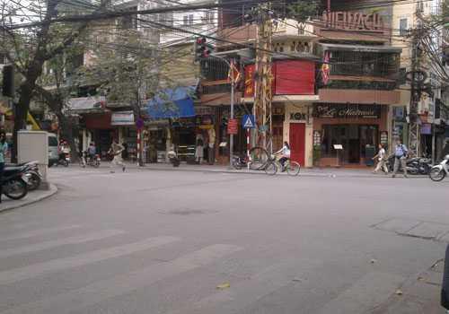 Ngã tư Hàng Trống - Hàng Gai, Hà Nội nơi xảy ra vụ cướp.