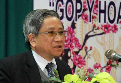Theo giáo sư Nguyễn Minh Thuyết, cần quy định rõ phương thức lãnh đạo nhà nước và xã hội của Đảng. Ảnh: Nguyễn Hưng.