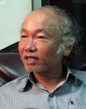 Ông Võ Văn Thắng, Giám đốc Bảo tàng điêu khắc Chăm Đà Nẵng