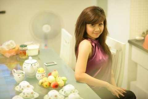 Vẻ đẹp mặn mà của nữ ca sĩ Lưu Thiên Hương