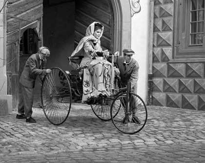 Bertha Benz và hành trình dài đầu tiên trong lịch sử ngành công nghiệp ôtô.