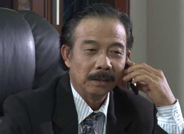Vai diễn của ông Lê Minh Phương trong phim Trò chơi định mệnh.  » Clip vai diễn cuối cùng, định mệnh của Phương khói lửa