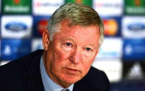 Sự điều chỉnh chiến thuật chậm trễ đã khiến Alex Ferguson phải trả giá.