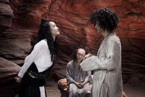 Vai diễn của Thư Kỳ có cảnh đòi hôn Đường Tăng trong phim.