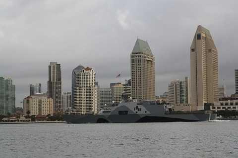 Tàu tác chiến ven bờ USS Freedom