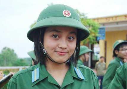 Nữ sinh trường khối quân đội (Ảnh minh họa)