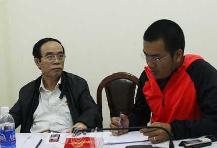 Theo ông Thái Thanh Hùng (bìa trái), Chủ tịch Hội Cựu chiến binh thành phố Đà Nẵng, Hội sẽ duy trì tổ chức tri ân các chiến sỹ trong các cuộc đấu tranh bảo vệ tổ quốc từ năm 1975 đến nay.