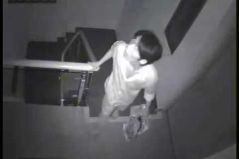 Cận cảnh khuôn mặt tên trộm liều lĩnh
