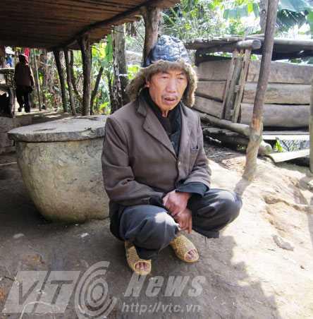 Ông Min Hồng Phà tin rằng, gà sẽ mọc lại phao câu khi rời Túng Sán sinh sống