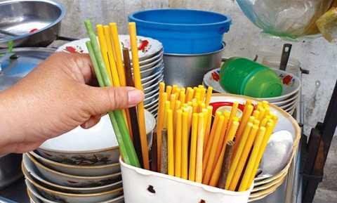 Đũa sơn có chứa nhiều chất độc hại có thể gây ra ung thư