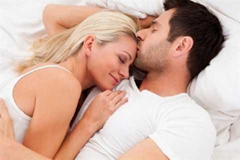Một cuộc hôn nhân viên mãn giúp bạn có giấc ngủ ngon hơn so với những người bất mãn trong hôn nhân hay chưa lập gia đình