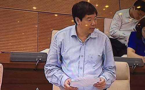 Thứ trưởng Bộ Khoa học và công nghệ Trần Quốc Khánh tại phiên họp sáng 25/5 của Uỷ ban Thường vụ Quốc hội. Ảnh: VnEconomy.