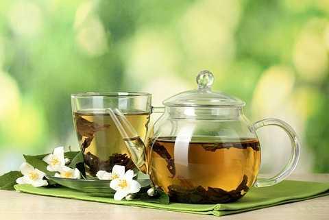Nếu pha trà để quá lâu, lượng caffeine tăng lên, tác dụng kích thích cao, uống vào gây khó chịu