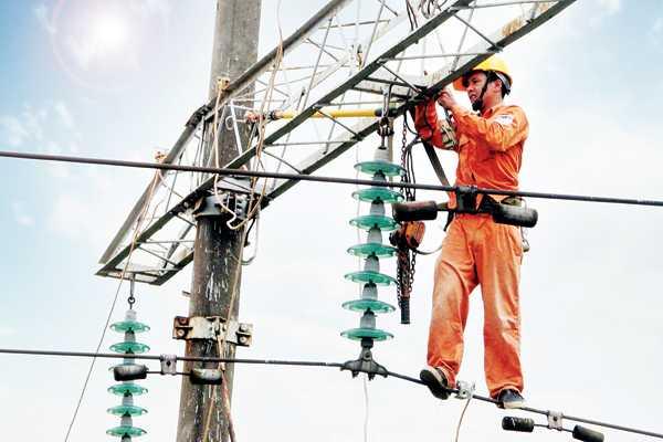 Mùa khô năm nay có thiếu điện? Ảnh: Internet