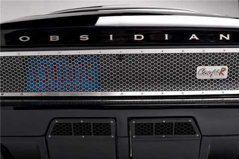 Theo chủ xe, để có thể tạo ra được   Obsidian SG-One từ chiếc Mustang đời 1967, anh đã phải đổ vào chiếc xe   số tiền lên tới 1,3 triệu USD (tương đương 29 tỷ đồng). Tuy nhiên theo   nhiều dân chơi xe độ có kinh nghiệm, mức giá này vẫn là quá đắt so với   chiếc xe.