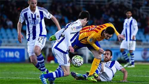 Barca giữ quân cho Champions League