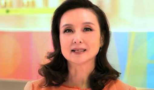 Nhan sắc tuổi 58 của Khâu Bội Ninh.
