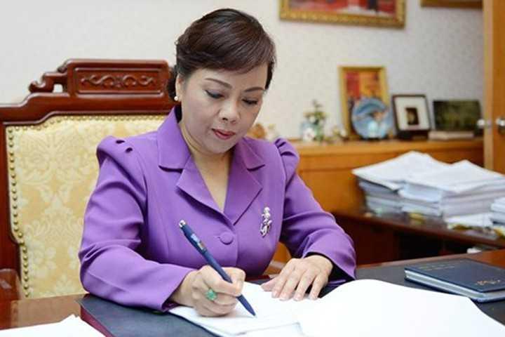 Bộ trưởng Tiến có chỉ đạo kịp thời để chữa trị cho cháu Lúa ngay sau khi đọc bài trên báo VTC News.