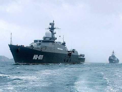 Cặp tàu hộ vệ tên lửa Gepard đầu tiên do Nga đóng cho Việt Nam đã được bàn giao và mang số hiệu HQ-011 và HQ-012
