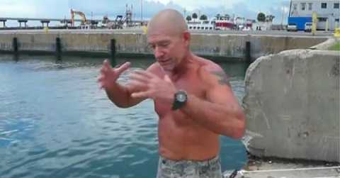 Người đàn ông này đã may mắn thoát chết sau 3 ngày nằm trong bụng cá voi