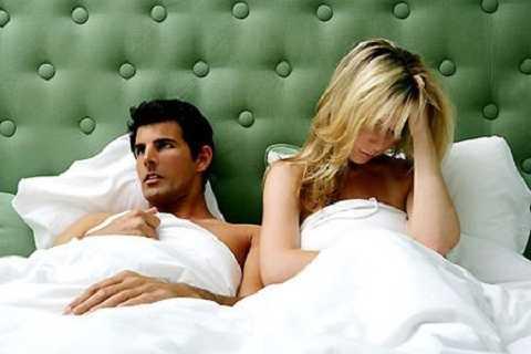 Lạm dụng chuyện ân ái sẽ gây ra cảm giác mệt mỏi, hao tổn năng lượng, thiếu tập trung, uể oải, chi phối tới những hoạt động sống