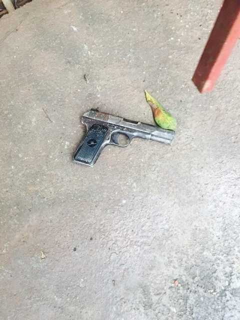 Khẩu súng đối tượng dùng để bắn người truy đuổi
