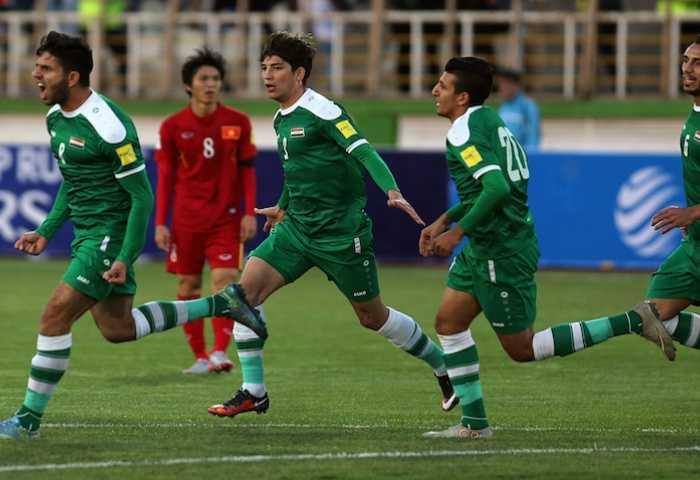 Niềm vui của cầu thủ Iraq sau bàn mở tỷ số